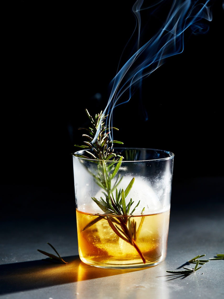 20180106_Rosemary-Smoked-Bourbon_Cocktail_38
